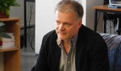 Jedným z porotcov bol aj básnik a fejtónista Erik Ondrejička